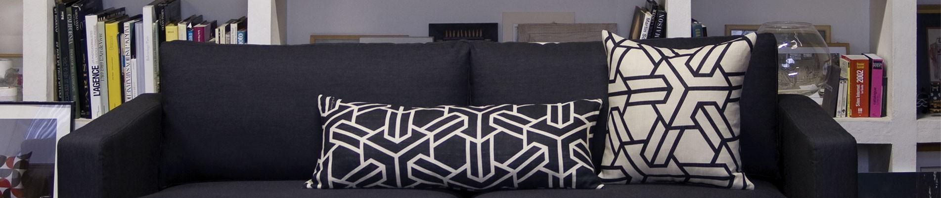 "XL rectangle cushion 13.7""x33.4"""