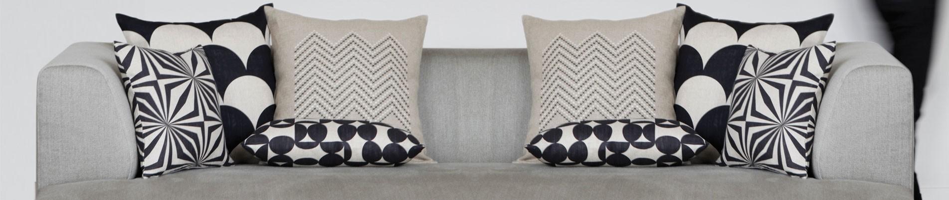 Curves cushions
